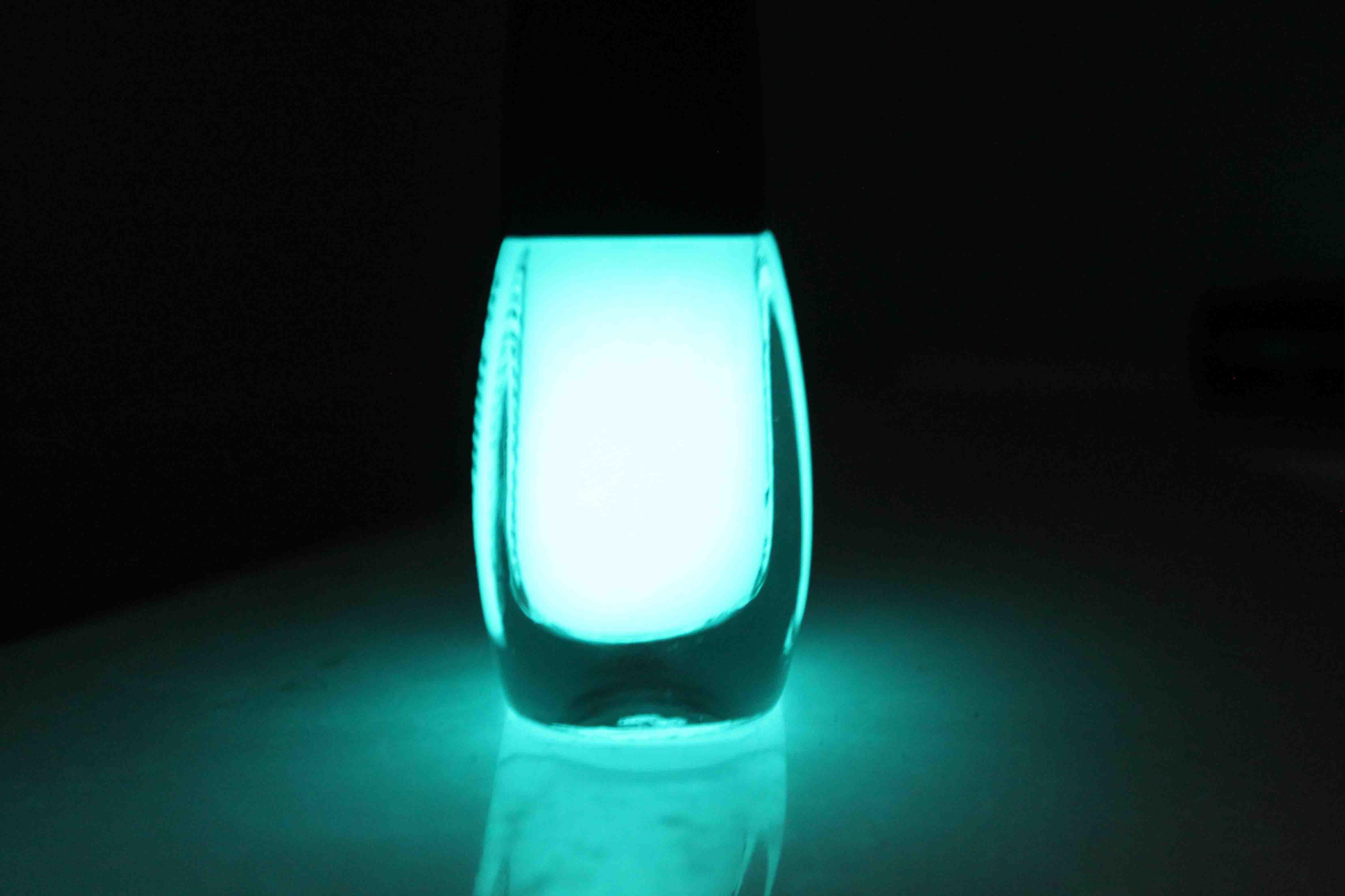 Светящийся Лак Для Ногтей Купить 14